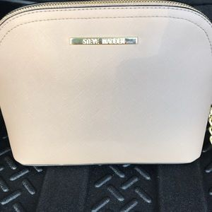 Steve Madden cross body purse.